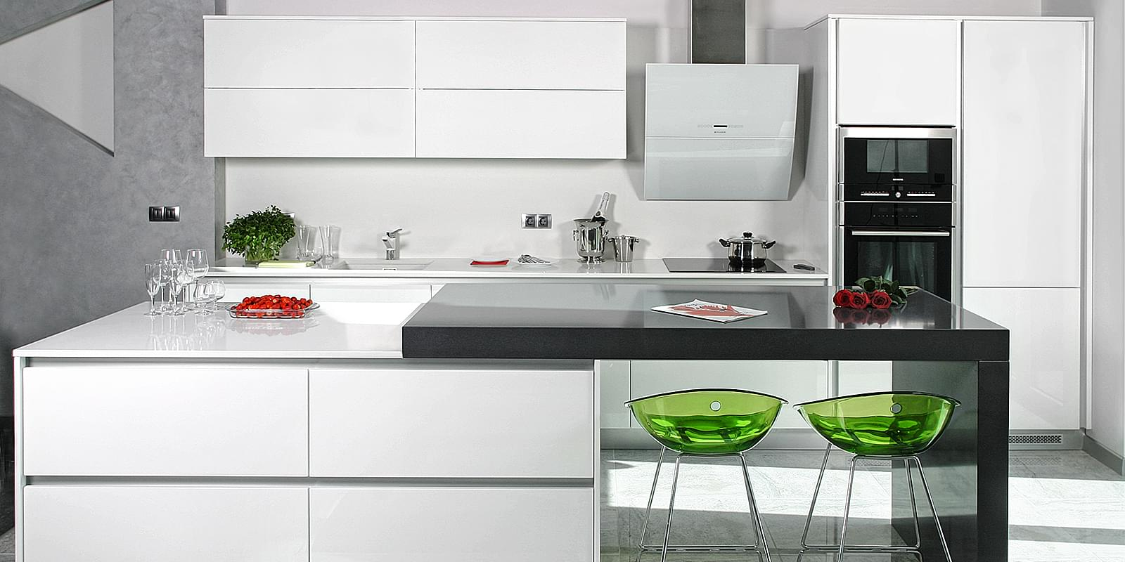 Dialog kitchens modern kitchens for Model kitchen design